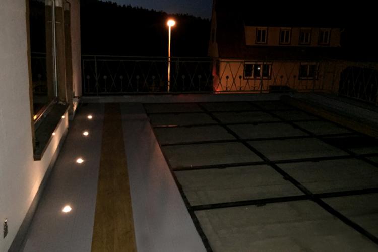 Balkonboden beleuchtet