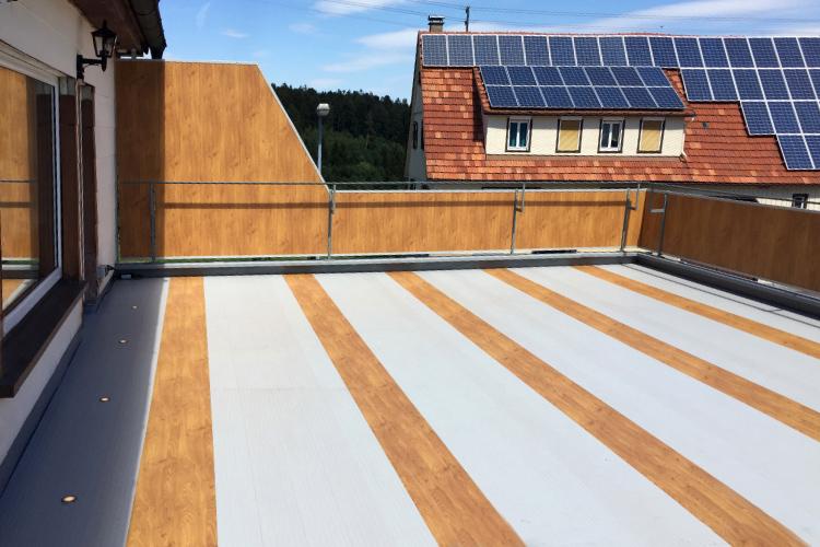 Balkonboden mit Struktur