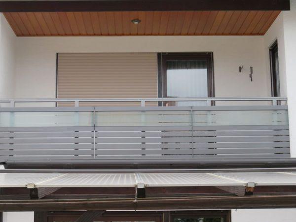 GEWA Balkonsysteme Balkongeländer Alu Glas