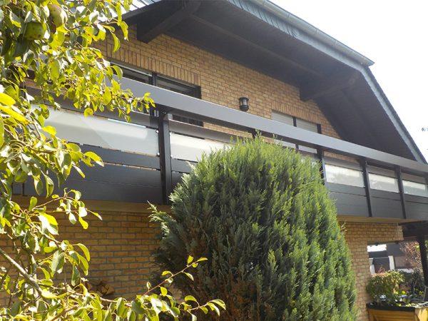 gewa-balkonsysteme_aluminium_balkone_glas_galerie_01