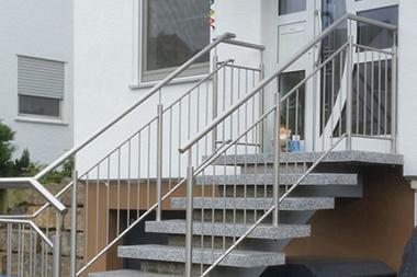 Außentreppe Geländer Edelstahl
